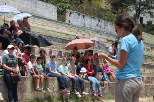 Sharing testimonies to the community in Paraíso