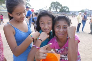 The kids loved the salvation bracelets made by the team.